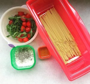 Healthy Dorm Room Microwave Pasta: a reader's photo of her set-up at work.