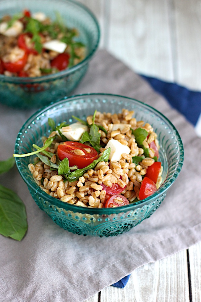 Virtual Memorial Day Recipe Roundup, sides: Farro Caprese Salad, by A Nerd Cooks