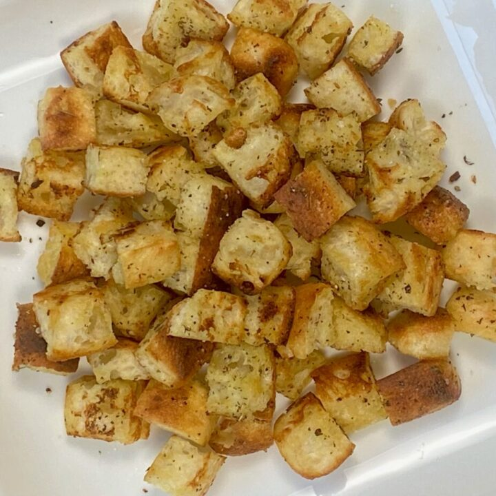 Easy Stovetop Croutons